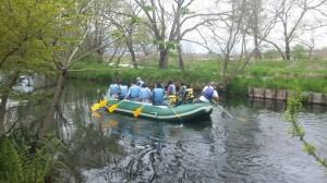 ボートで川下り