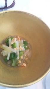 春野菜のお浸しに 菜の花オイルをしのばせて 揚げくるみ