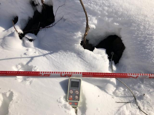 温風穴の調査