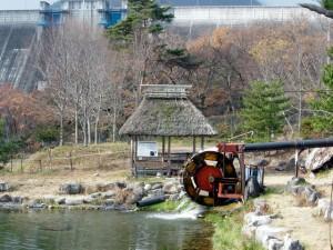コヲミ平水車発電(木製水車)